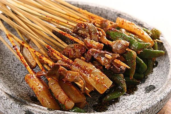 洪七公吃串串