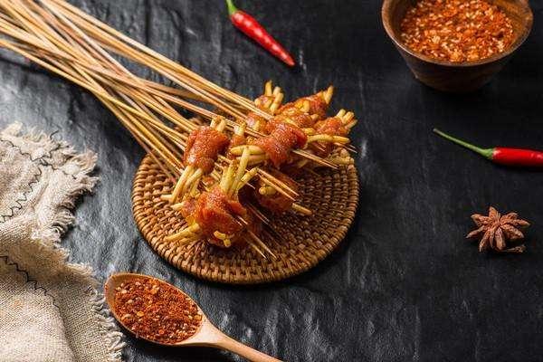 砂锅串串香加盟的基本条件